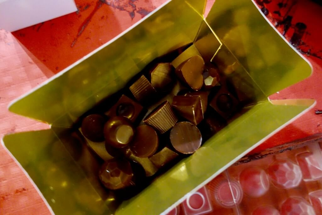 Notes from a Belgian Chocolate Making Class   See Nic Wander